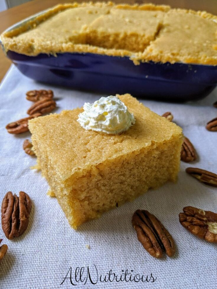 Here is a sweet treat that won't put your of ketosis, this low carb cake is a great option. It's very quick to make, all you need is a microwave and this sweet low carb treat will be on your table.