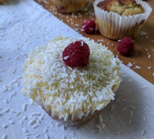 Ketogenic Coconut Raspberry Cupcakes