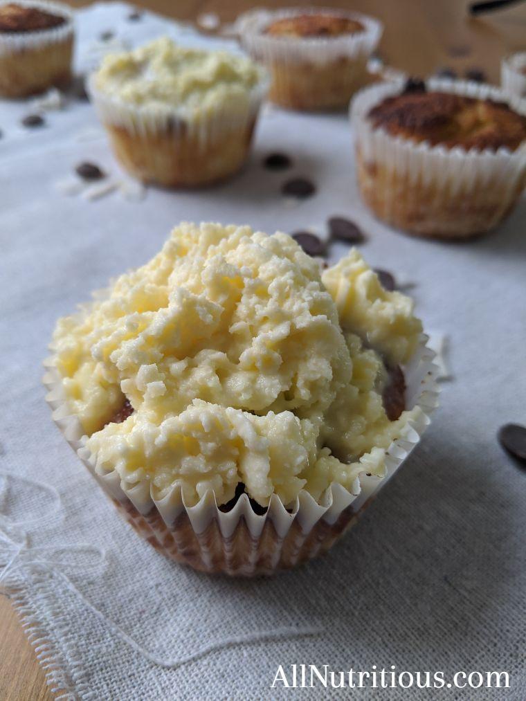 Keto Vanilla Cupcakes