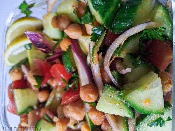 chickpea salda with tomatoes and cucumbers