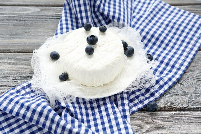 blueberries and cottage cheese