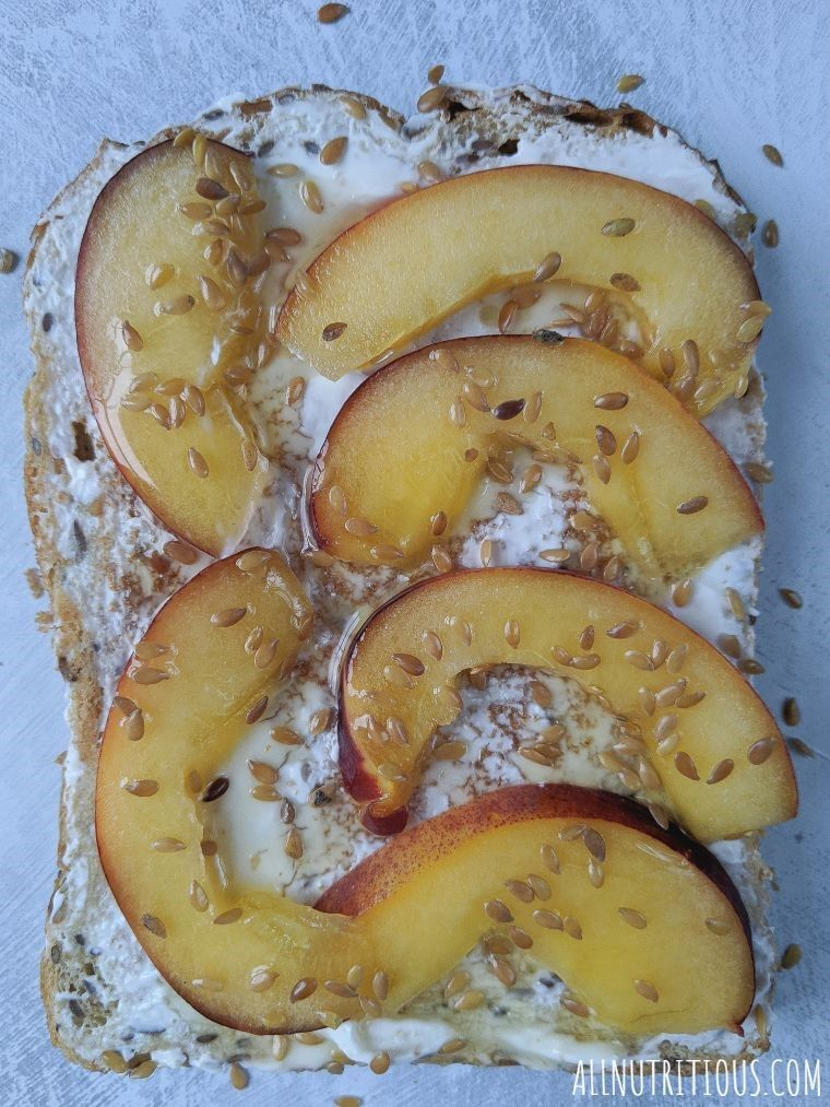 peach and flax seeds