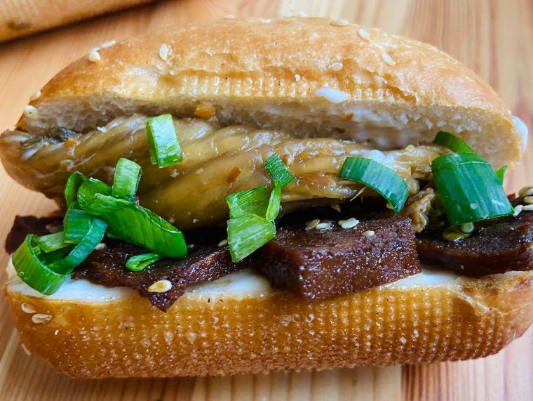 Korean Seitan Sandwich