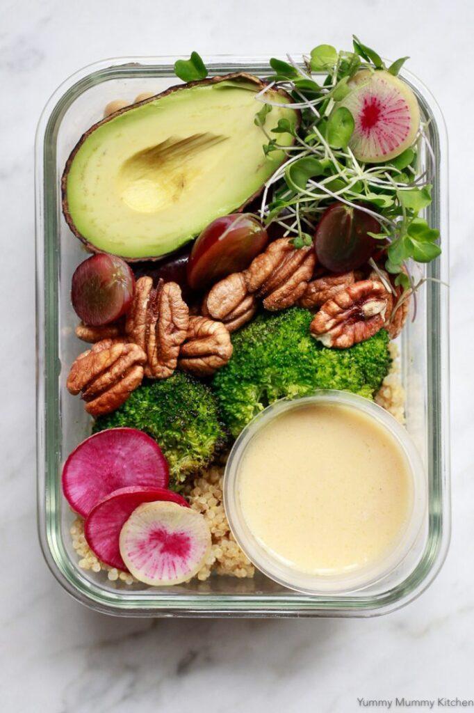 Bowls With Broccoli, Grapes, Pecans & Quinoa