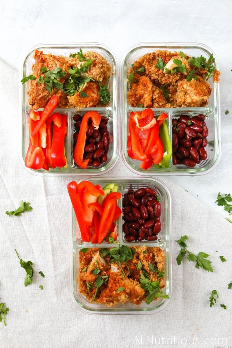 instant pot chicken with quinoa in meal prep containers