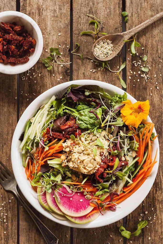 Vegan Salad With Hummus