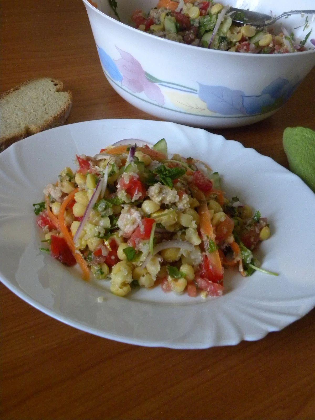 Chickpea Salad With Quinoa