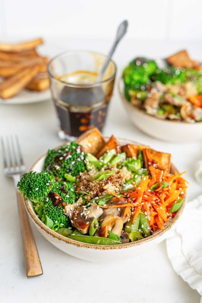 Teriyaki Quinoa Bowl With Tofu