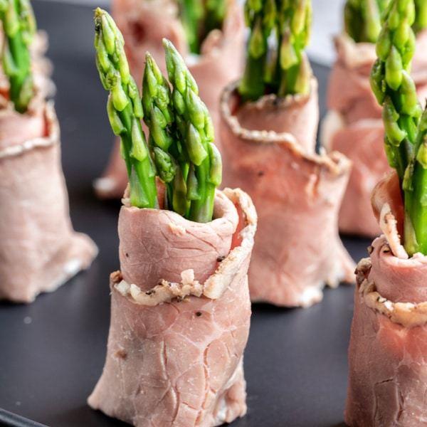 Keto Roast Beef & Asparagus Roll-Ups