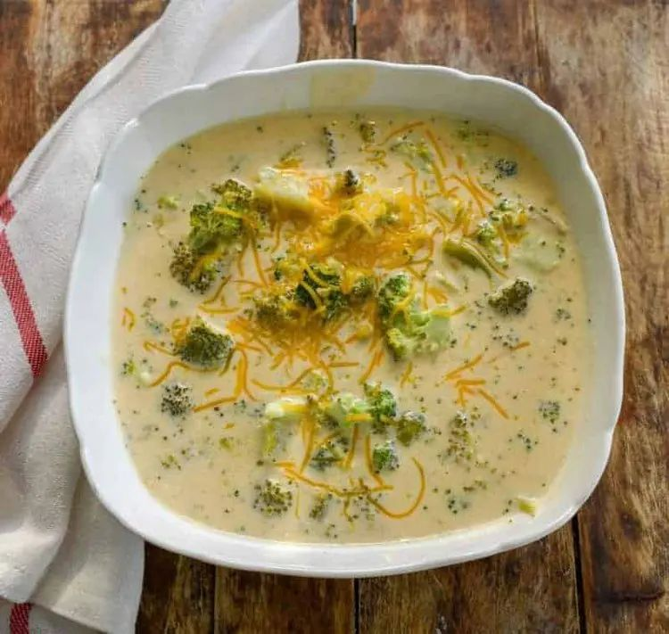 Broccoli Cheese Slow Cooker Soup