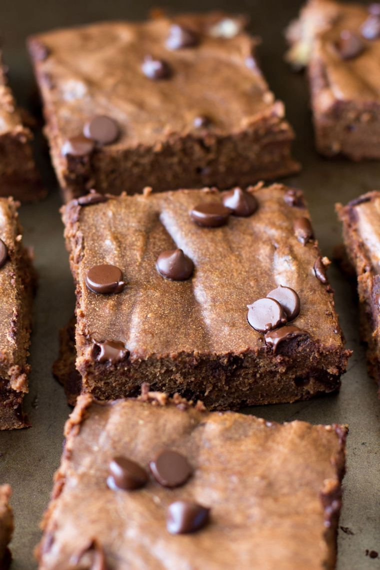 Peanut Butter Chocolate Protein Bars