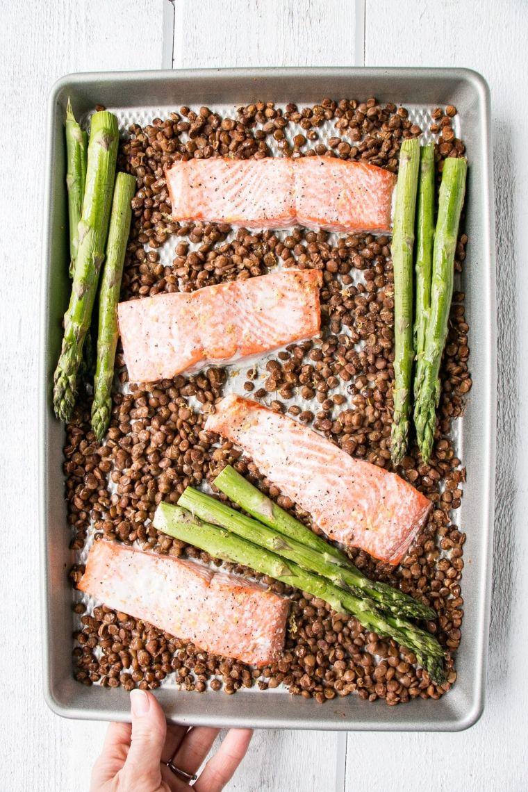 Sheet Pan Salmon, Lentils, and Asparagus