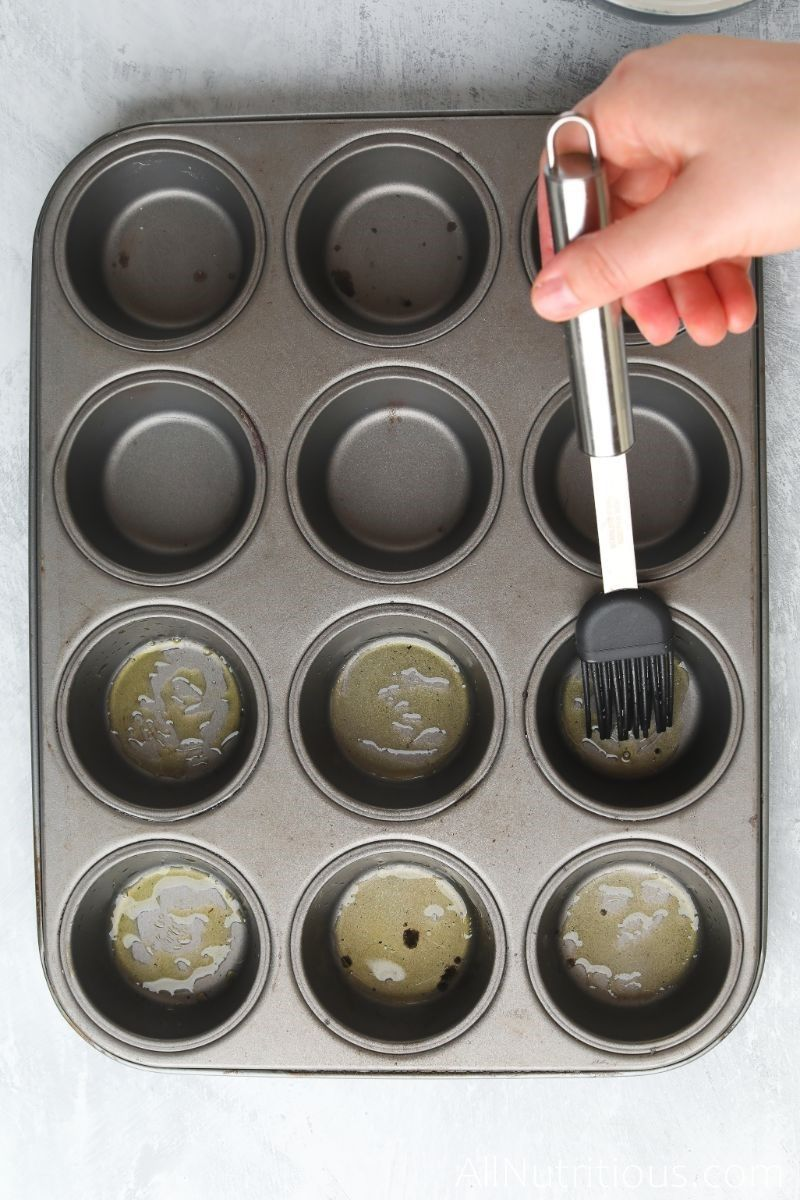 muffin pan with oil