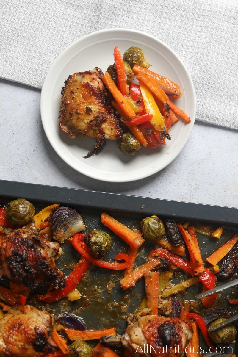 plateful of sheet pan chicken thighs