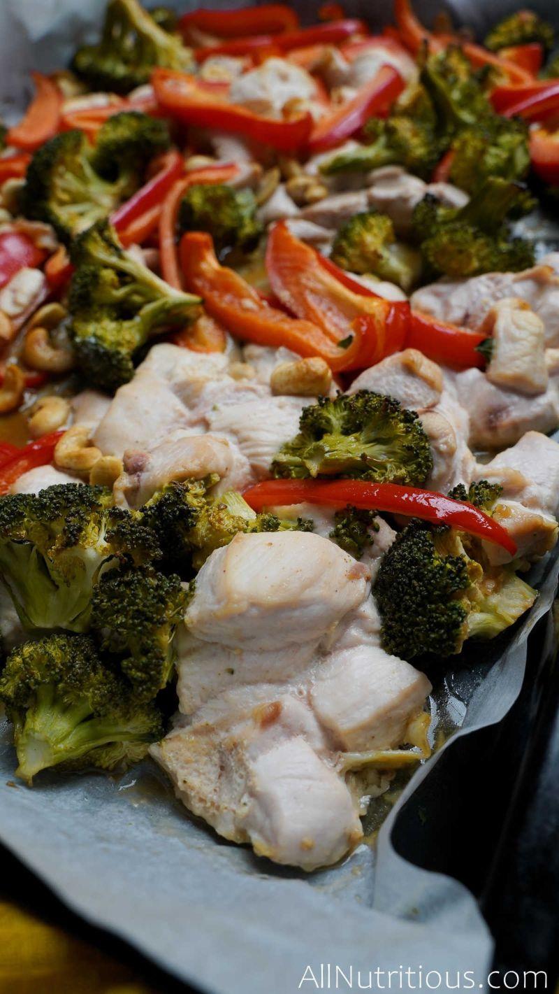 close up sheet pan chicken