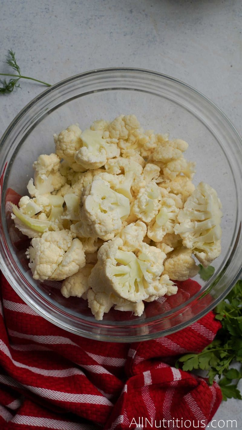 chopped cauliflower in bowl