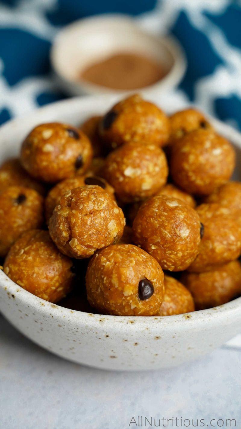 bowl of pumpkin protein balls
