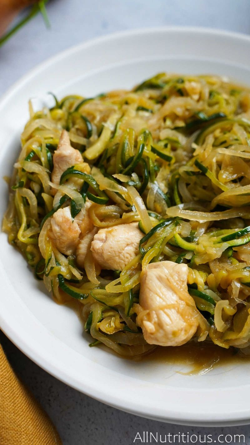 completed chicken zucchini pasta in bowl
