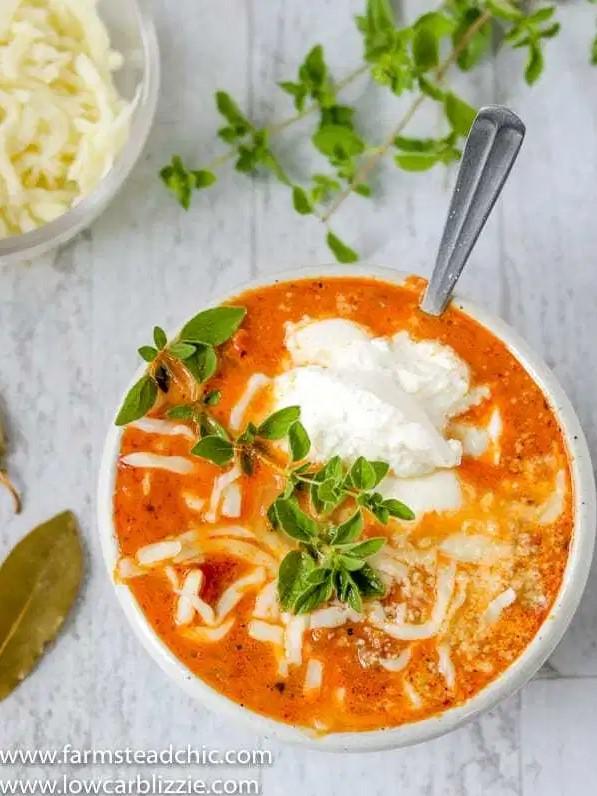 Keto Lasagna Soup