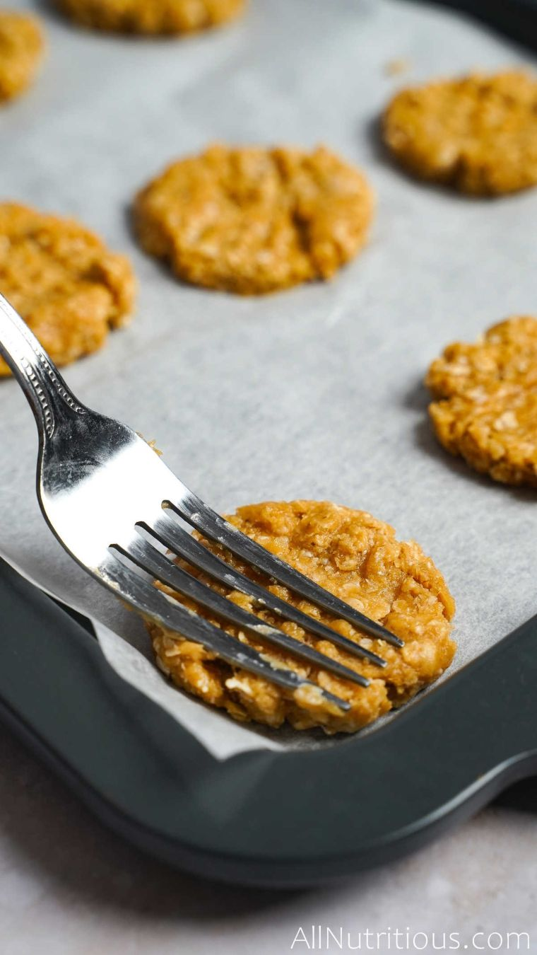 fork marks on cookie
