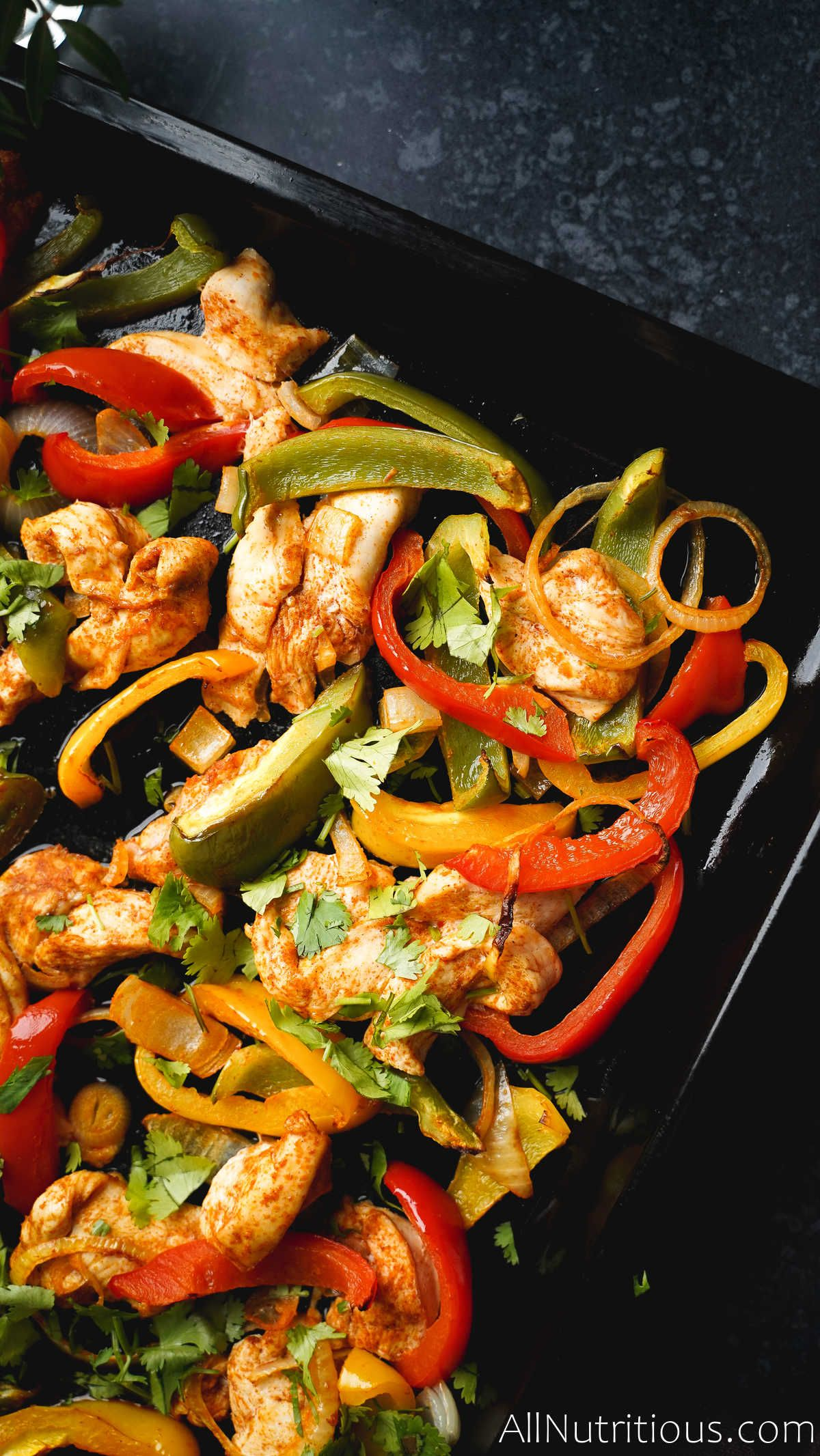 sheet pan with chicken and peppers