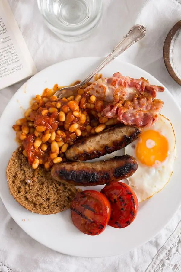 English Breakfast with Baked Beans
