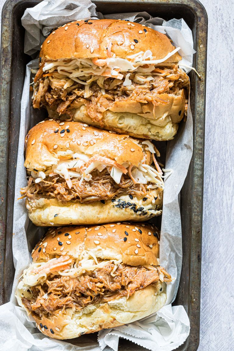 Instant Pot Pulled Chicken Sandwiches