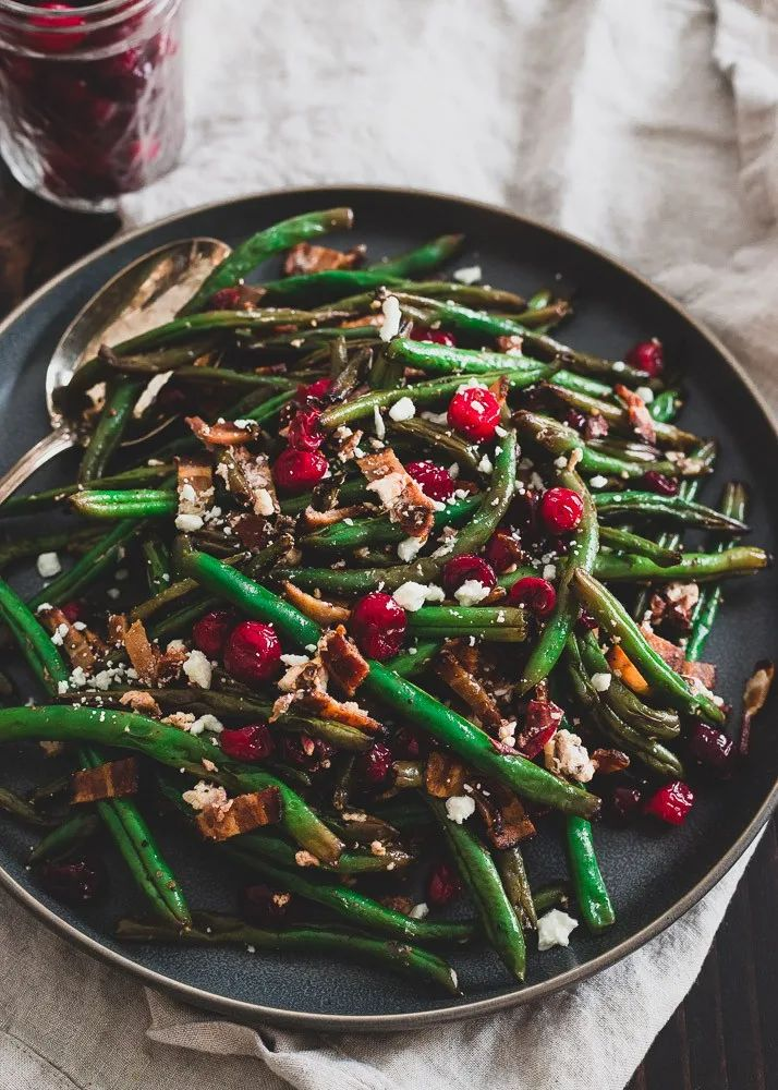 Green Beans with Cranberries, Bacon, and Goat Cheese