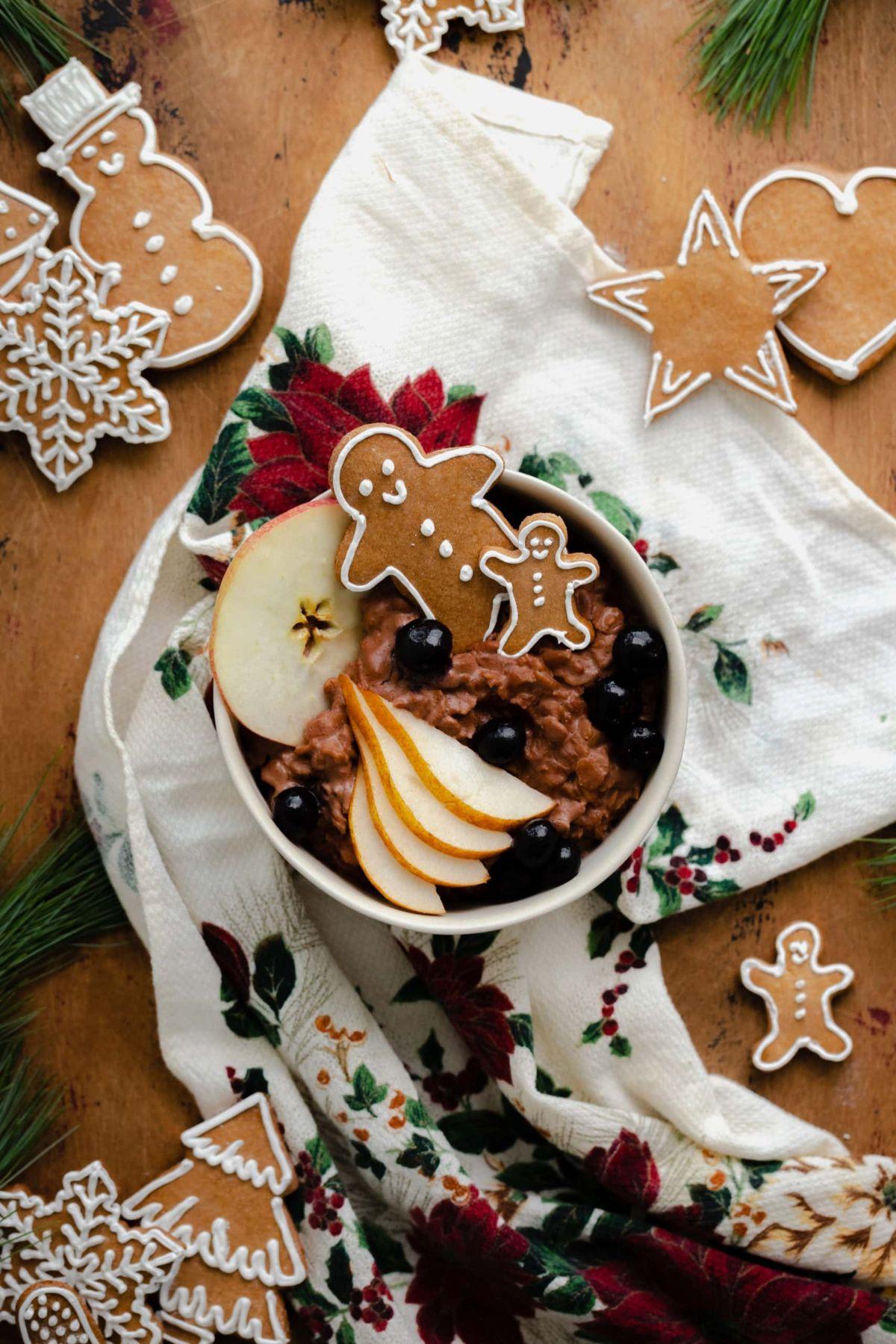 Chocolate Gingerbread Oatmeal